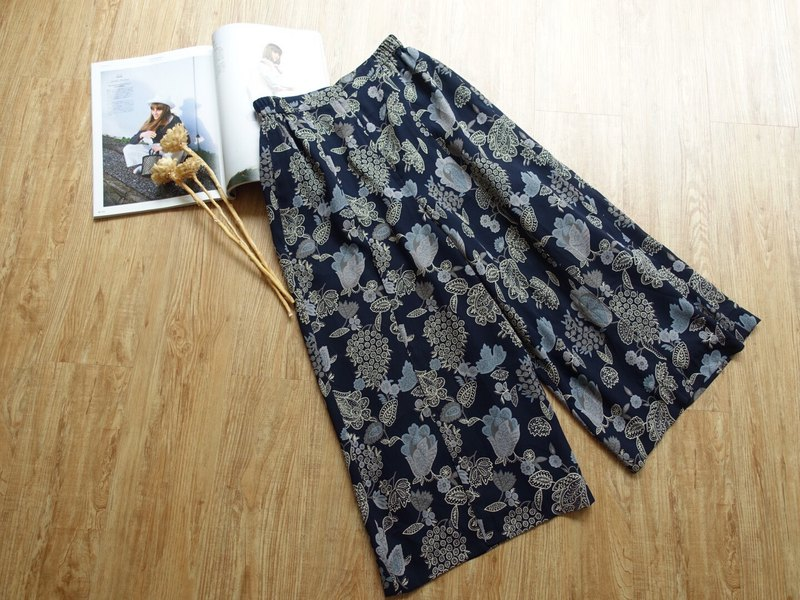 Vintage under / wide pants no.37