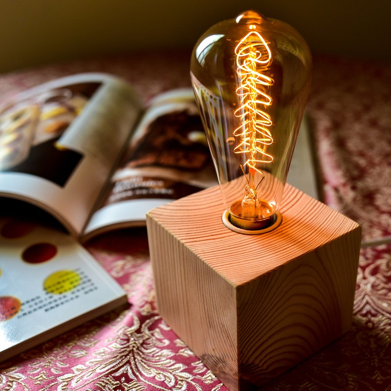 Pine table light (with Edison bulb, dimmable)