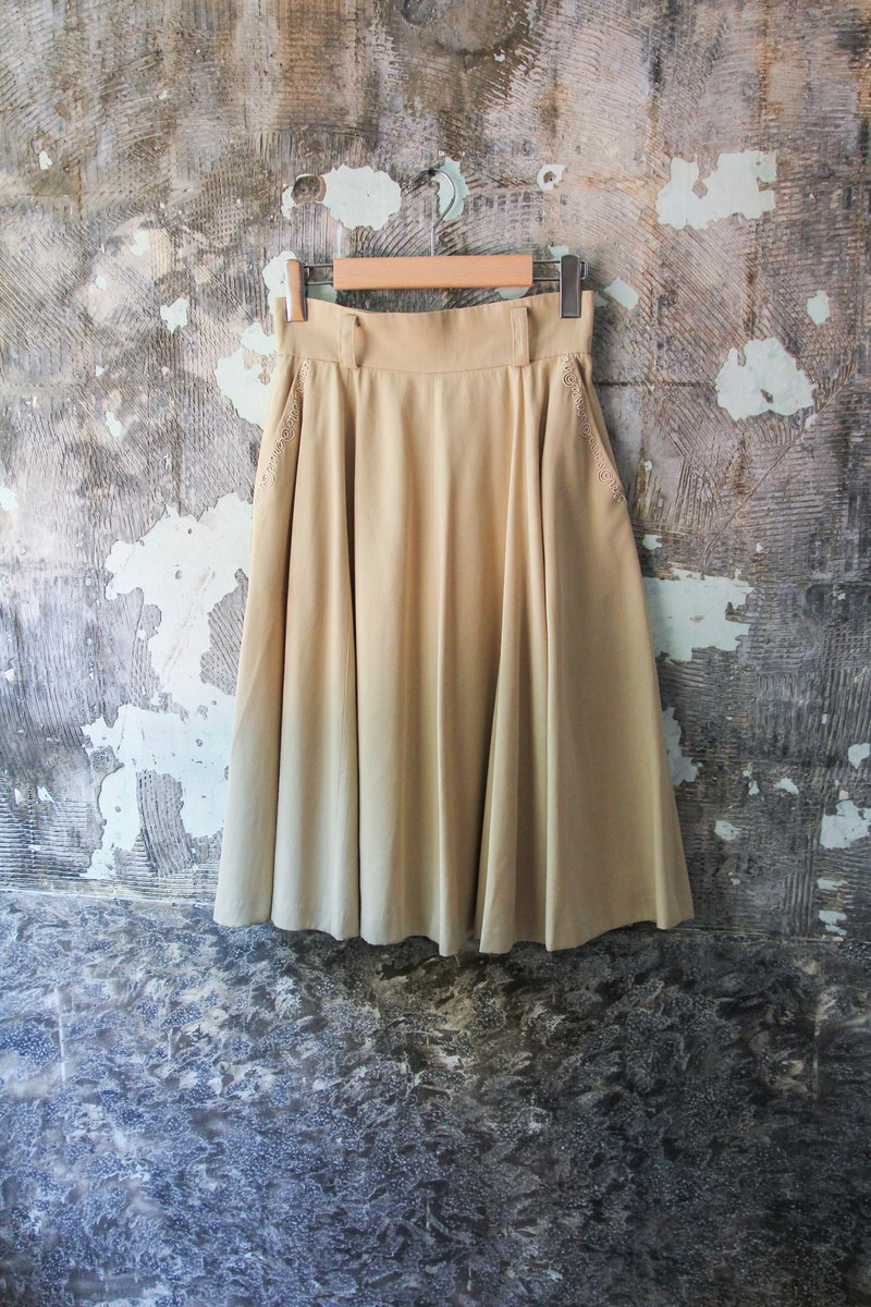 袅袅 department store -Vintage khaki three-dimensional pattern umbrella dress long retro