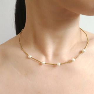 Memory - brass pearl necklace