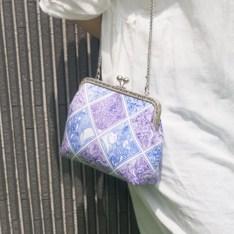 Jiang Ren - Lattice Cat Crossbody Bag (Purple Blue)
