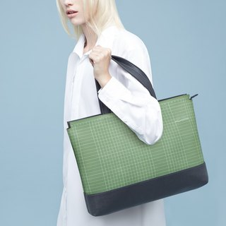HUM Totebag L #CUTTINGMAT from Least studio