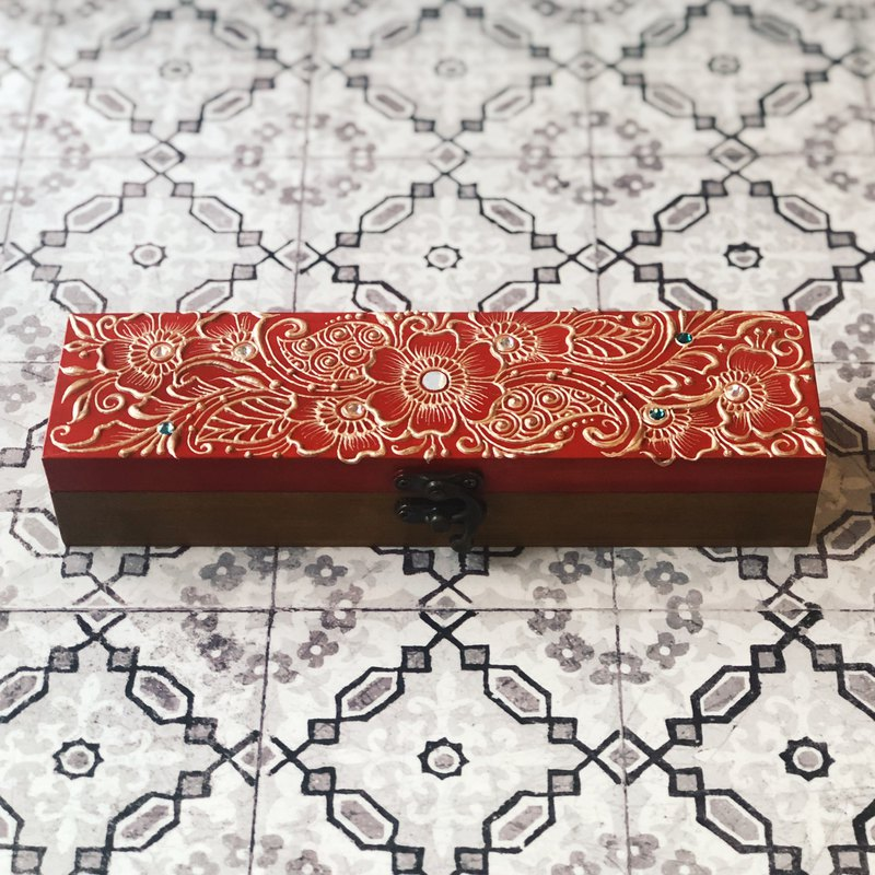 [carved painted pencil case] HENNA / ethnic style / Zen winding / Morocco / wooden box / flower / pencil case
