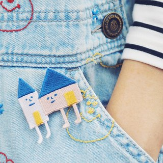 House Brothers / Yohand Brooch