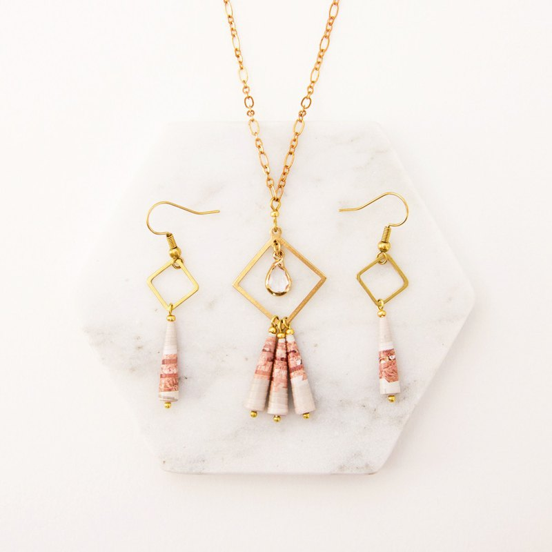 [Small paper hand made / paper art / jewelry] zircon paper beads pink long necklace without earrings