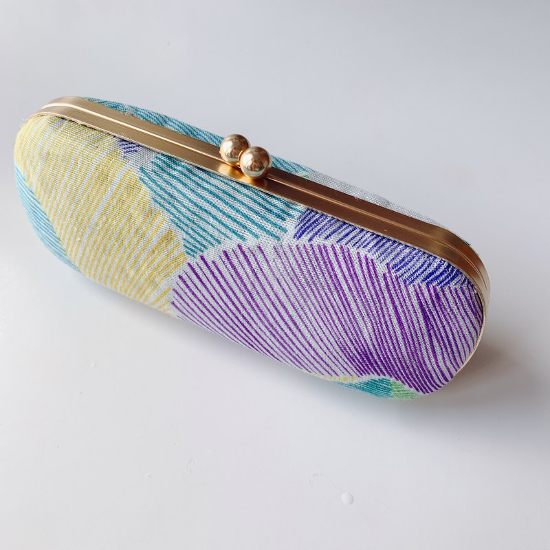 Yellow and green line painted glasses case / pencil case