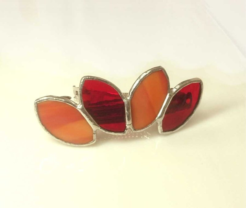 Stained glass bulletta 【Leaf】 Akane color orange