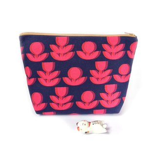 纯棉化妆包/杂物包 Canvas Large Zipper Pouch Clutch - Optical Illusion Red Flowers