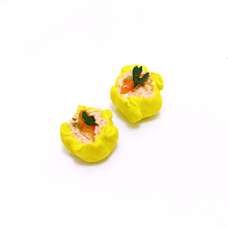 Shrimp dumplings earrings (ear clip-on can be changed) ((over 600 were sent mysterious small gift))