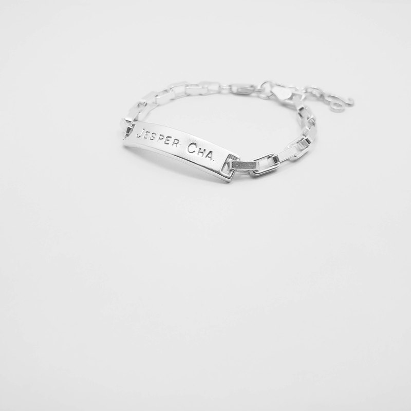 Z38 (can be typed) 925 sterling silver bracelet. Constellation symbol. Customized English alphanumeric.