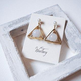 Pure white Agate triangular Non allergic  earrings