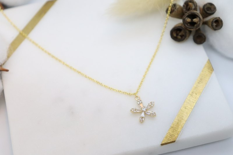 Cubic Zirconia Diamonds Flower Charm 925 Sterling Silver Chain Necklace