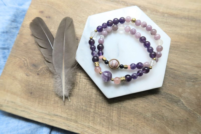 [Clear Products] Amethyst. Lilac Amethyst. Strawberry Crystal. White Crystal Agate Brass Double Bracelet
