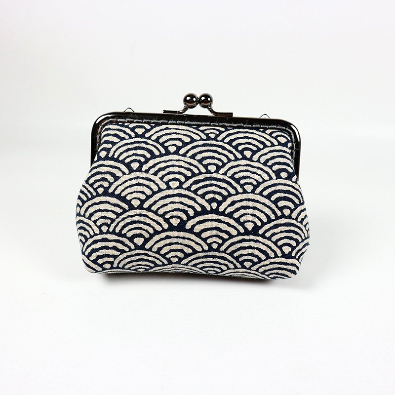 Japanese style wind clutch bag gold mouth - Qinghai wave