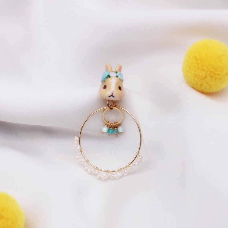 Rabbit with garland and pearl  | Earclip | Earring | Single sale