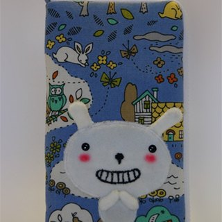 Bucute mobile phone sets / birthday gift / smile Buluo rabbit / handmade / gift exchange / phone clothes