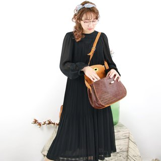 Back to Green:: Striped round neck vintage dress (D-11)