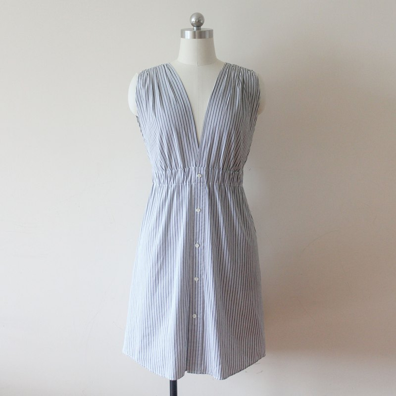 Upcycled fashion V-neck shirt dress