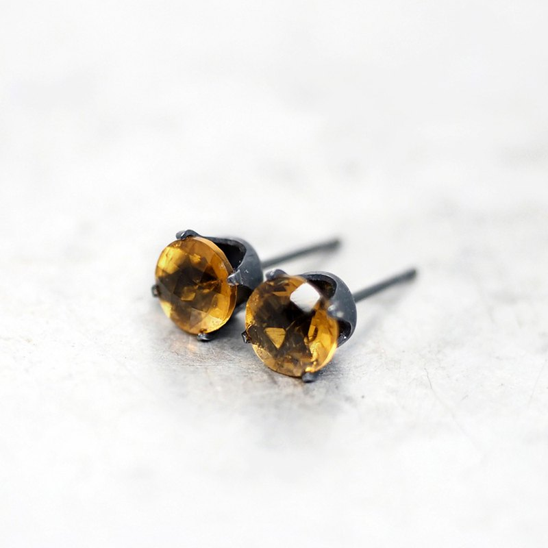 Whiskey Citrine Quartz Black Earrings - Oxidized Sterling Silver - 6mm Round