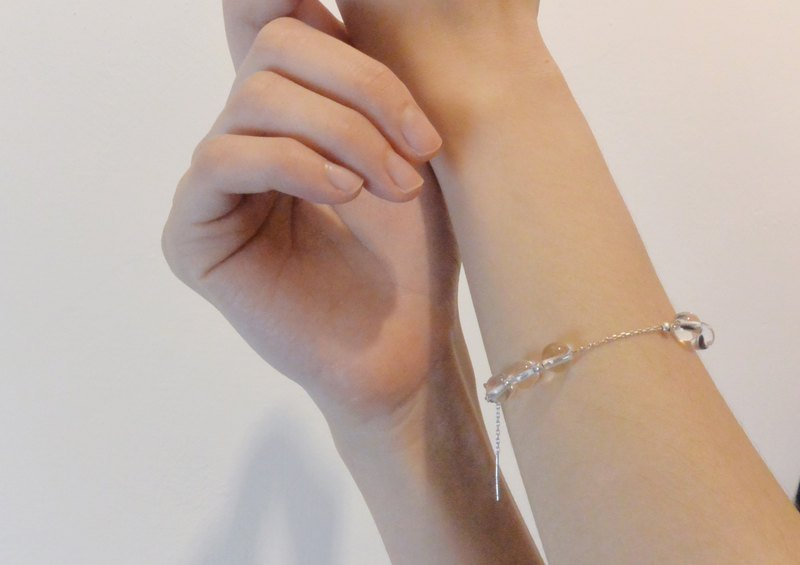 transparent crystal bead bracelet