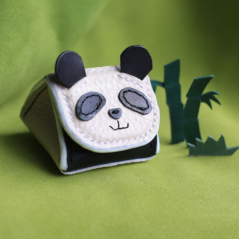 Royal rice ball panda animal stereo coin purse