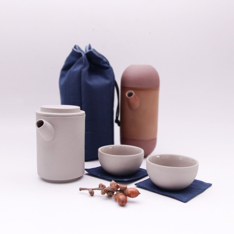 享福茶具組(附旅行保護袋) Round Travel teapot set + bag