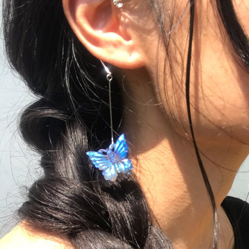 [Lost and find] natural stone Labradorite butterfly earrings