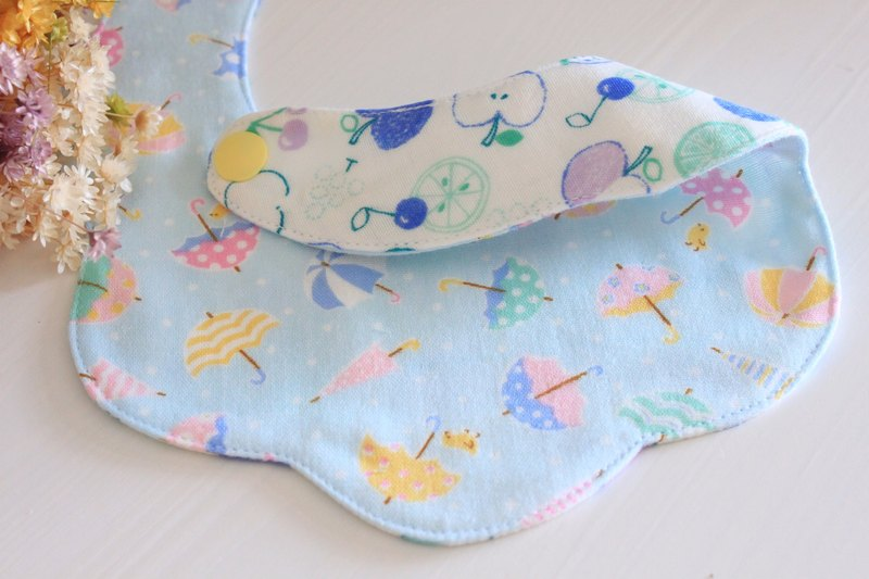 Baby double-sided baby saliva towel or bib pocket