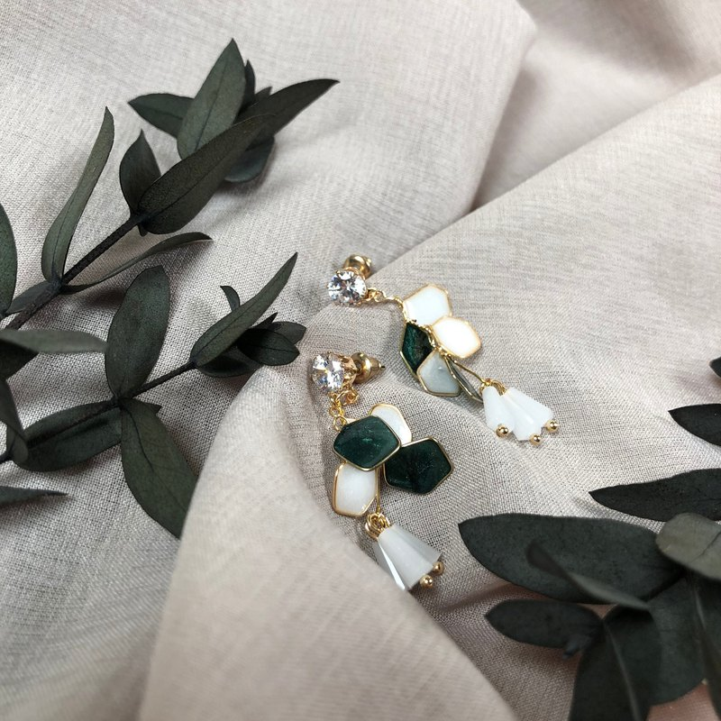 White Green Petal Zircon Earrings/Changeable Ear Clips
