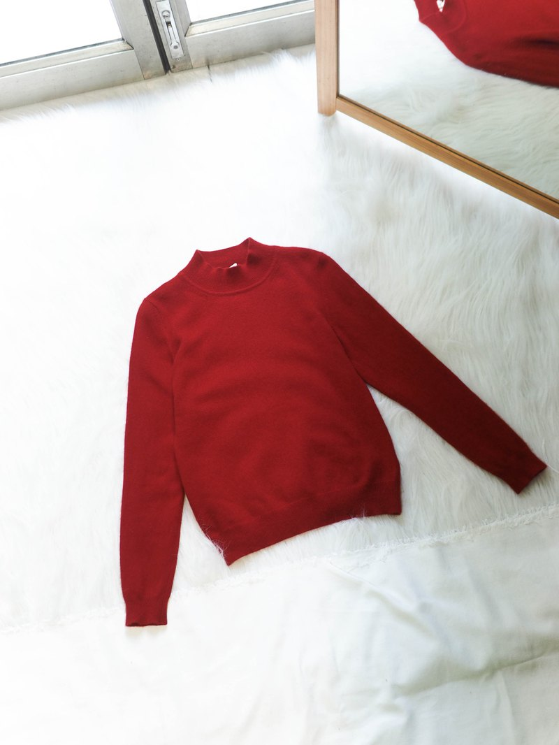 Flames are red in the winter weekend love garden antique cashmere vintage cashmere sweater cashmere