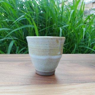 Cottage Marsh green leather mini-cups