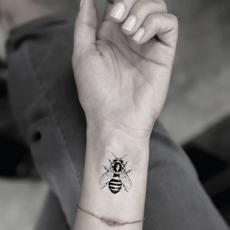 Realistic Bee Temporary Fake Tattoo Sticker (Set of 2) - OhMyTat