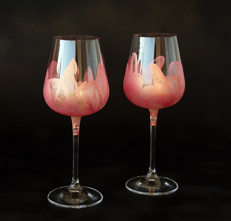 Pink Flamingo Wine Glasses, Hand Painted set of 2