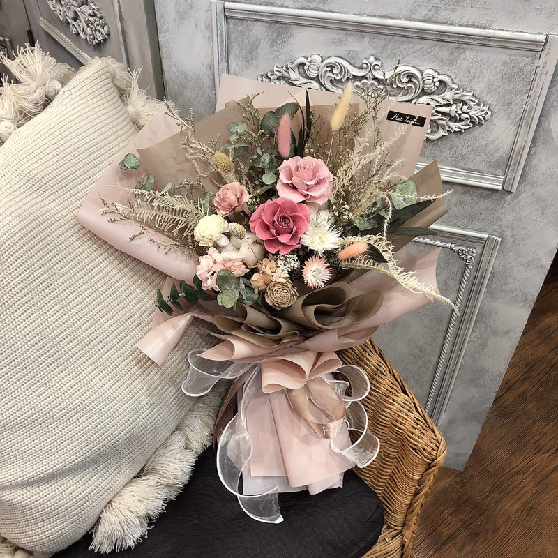 [Meet Everlasting] 3 pink and white rose bouquets