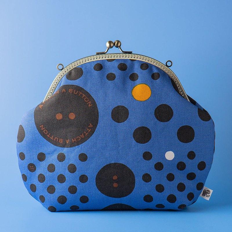 【藍色大大小小的釦子】復古金屬口金包#包包#微幽默#斜揹包#日系