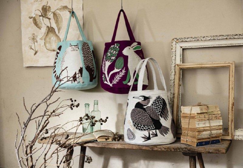 地球樹公平貿易fair trade -- MIW插畫家圓筒形手提包