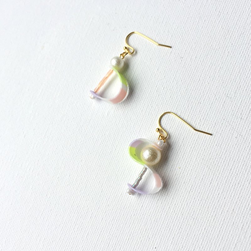 Rolled jelly - 芋 mud clip / earrings