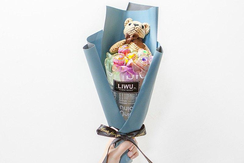 棒棒糖5支+棕色小熊 生日 情人節 畢業迷你花束 C004 畢業 生日