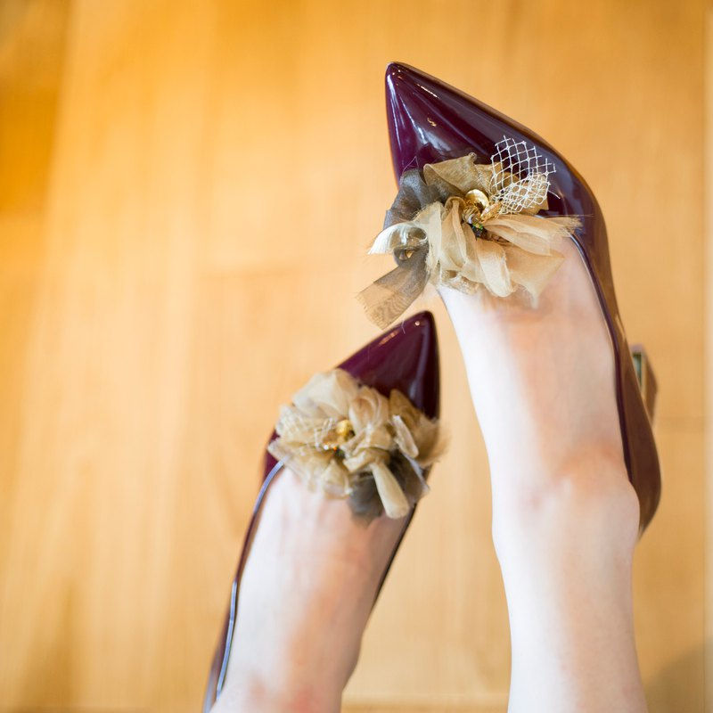Blooming shoe clip | | party || Gold Brown