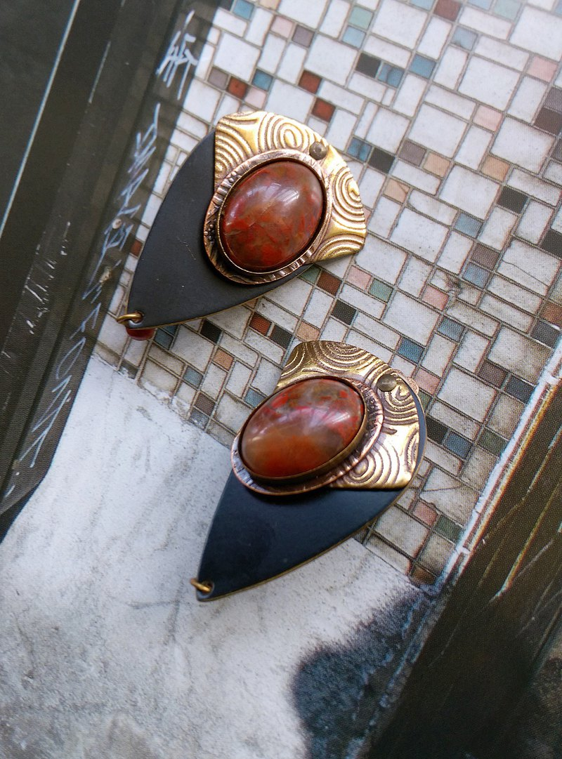 [Western antique jewelry / old age] 1970's ART DECO handmade copper fan clip earrings