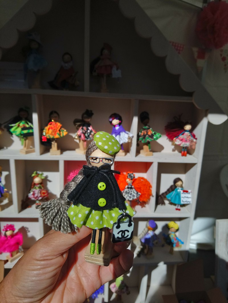 Brooch doll Marie