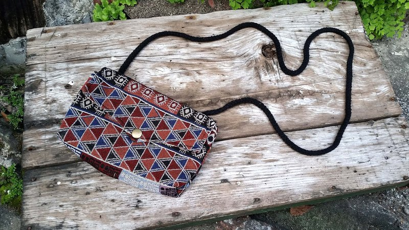 AMIN'S SHINY WORLD custom handmade ethnic geometric triangle totem Seagull Bag buckle cover