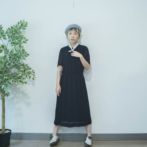 Vintage Black chiffon crew neck dress