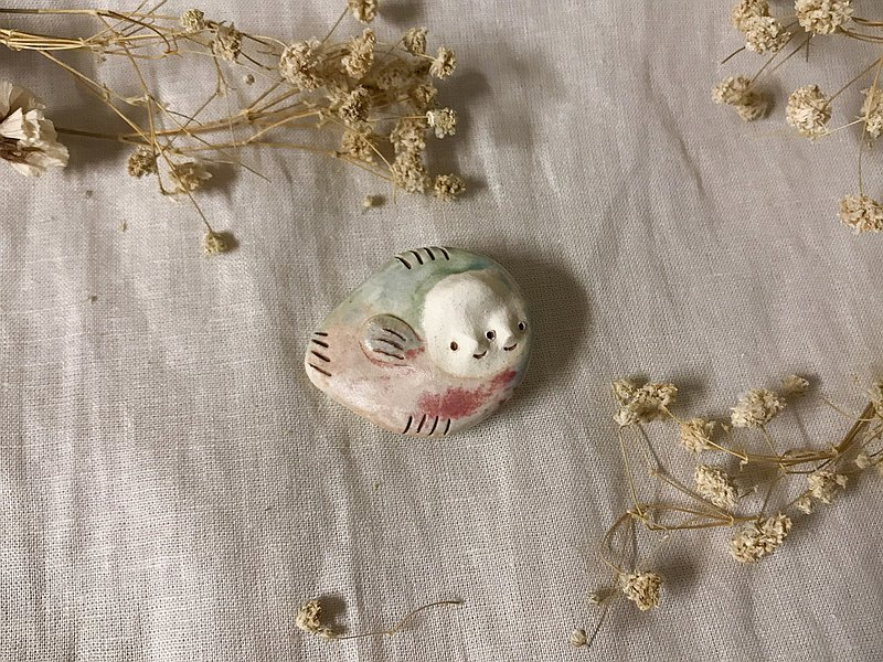 【CWF_LUNSTHECLAY】Soulmate Pin (Bellows fish) Green & Purple