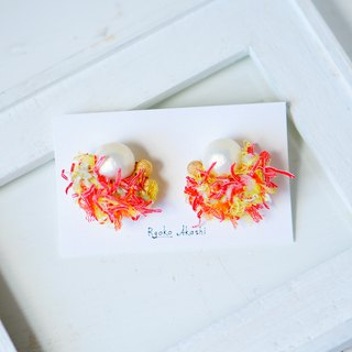 Fancy yarn Earrings and Clip-ons candy