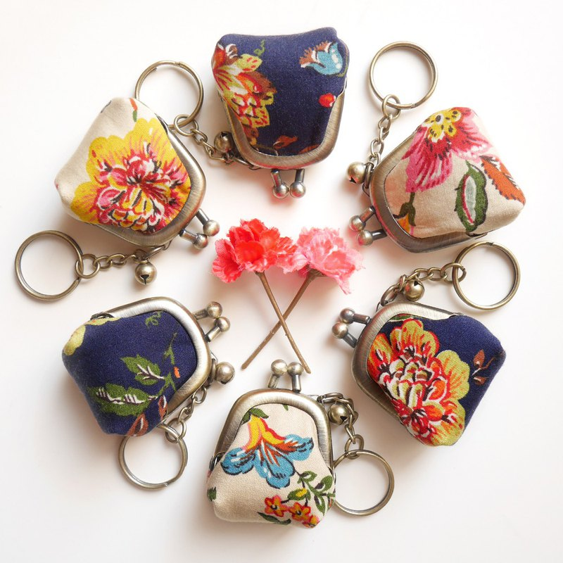 Occasional Flower Show::Rhinestones::Ling Long Mouth Gold Bag/Key Ring/Wedding Accessories [Made in Taiwan]