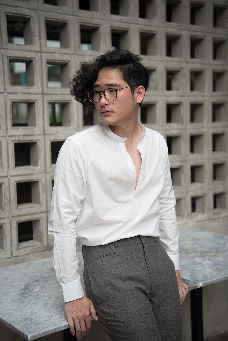 白-國語領襯衫