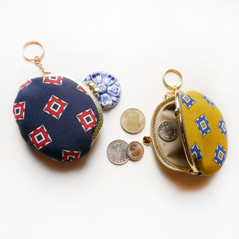 Small darts small round gold bag / coin purse [made in Taiwan]