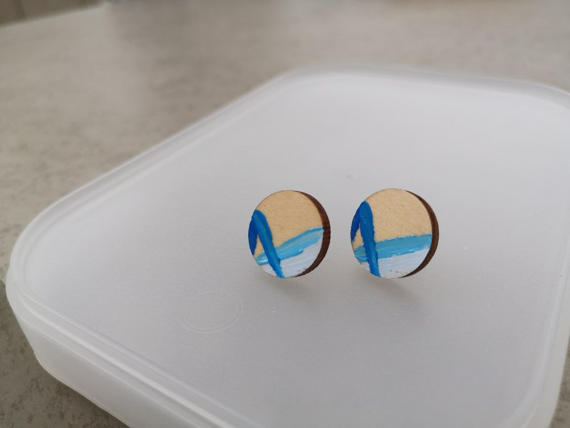 Hand-painted blue and white line wood ear studs-ear pin earrings wooden allergy-free stainless steel