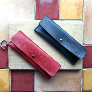 Custom classic hand dyed tanned leather pencil case